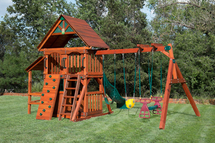 Wooden Swing Set in Pearland